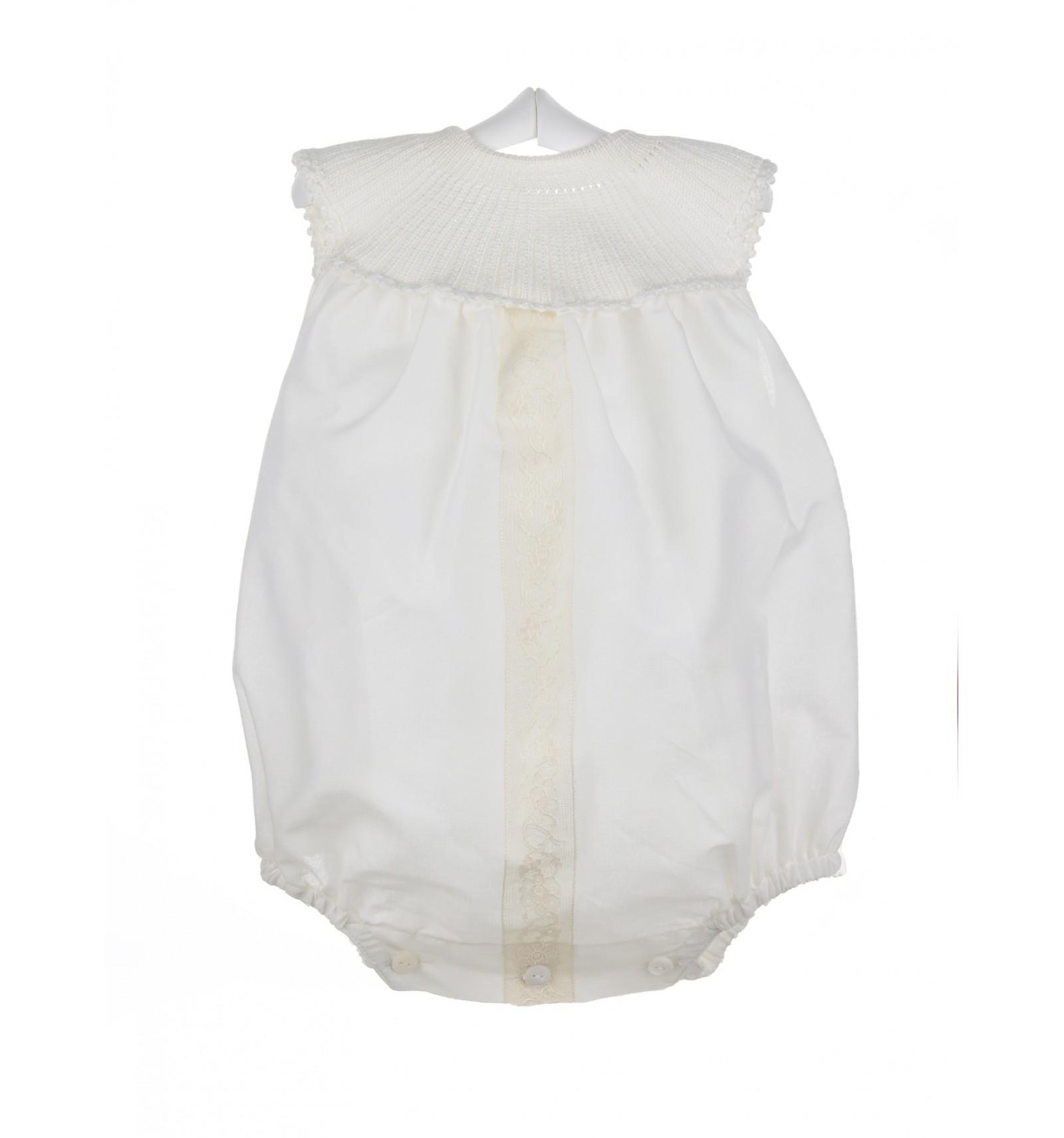Ranita para bebé de batista y encaje de Aleçon para ceremonia c157d0b80f5