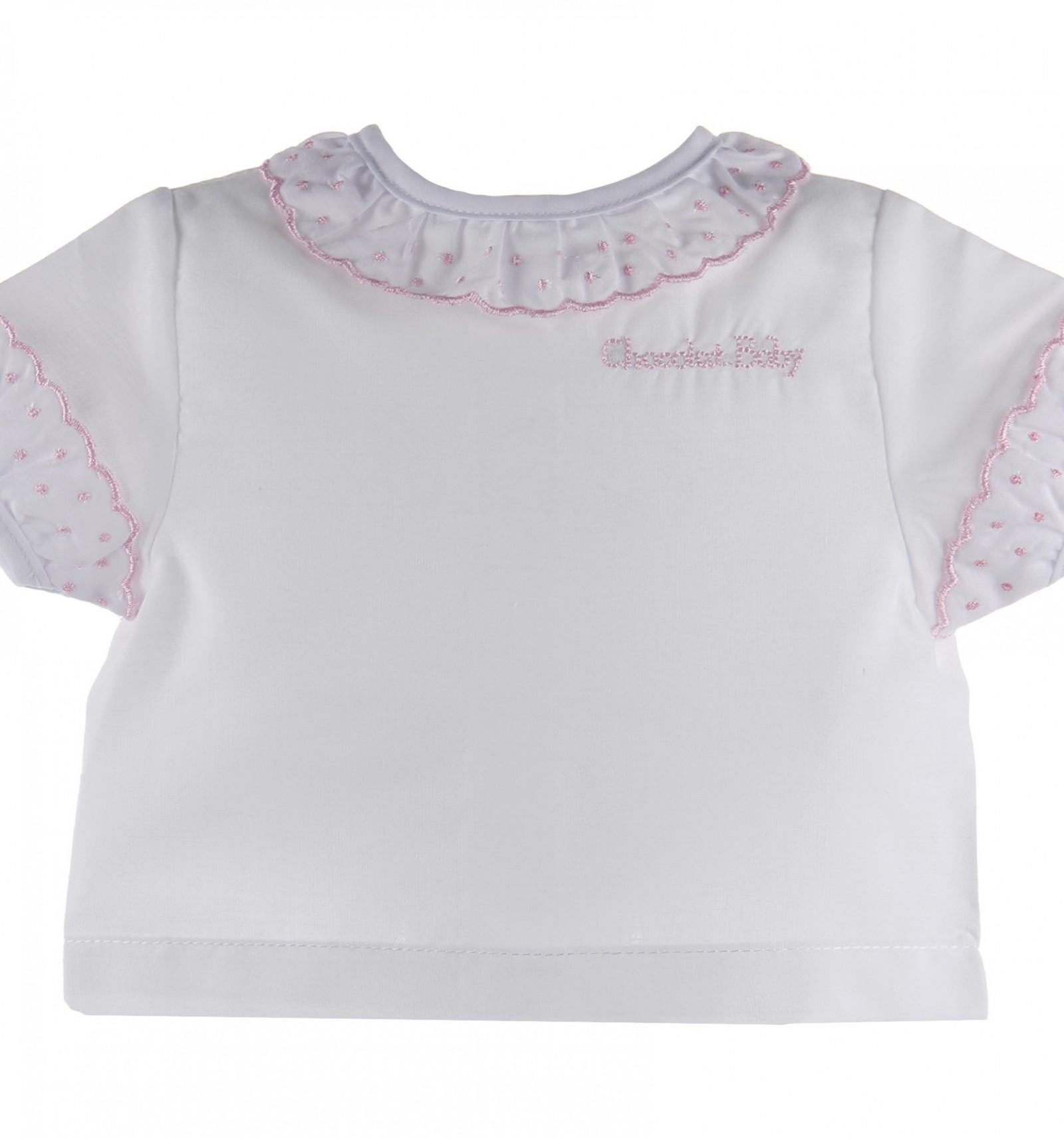 54cc18cf7 Camisa de batista de manga corta para bebés con volante de plumetis