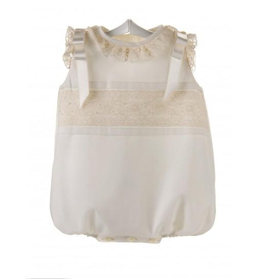 Ranita para bebé de batista organdizada y Alençon