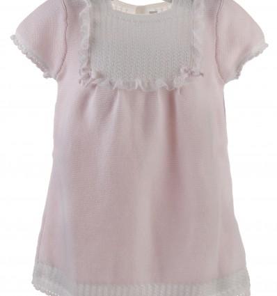 Vestido de bebé con canesú de ochos