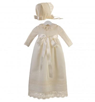 Conjunto de faldón y capota para ceremonia y bautizo con cuerpo de lana merino y entredoses de tul
