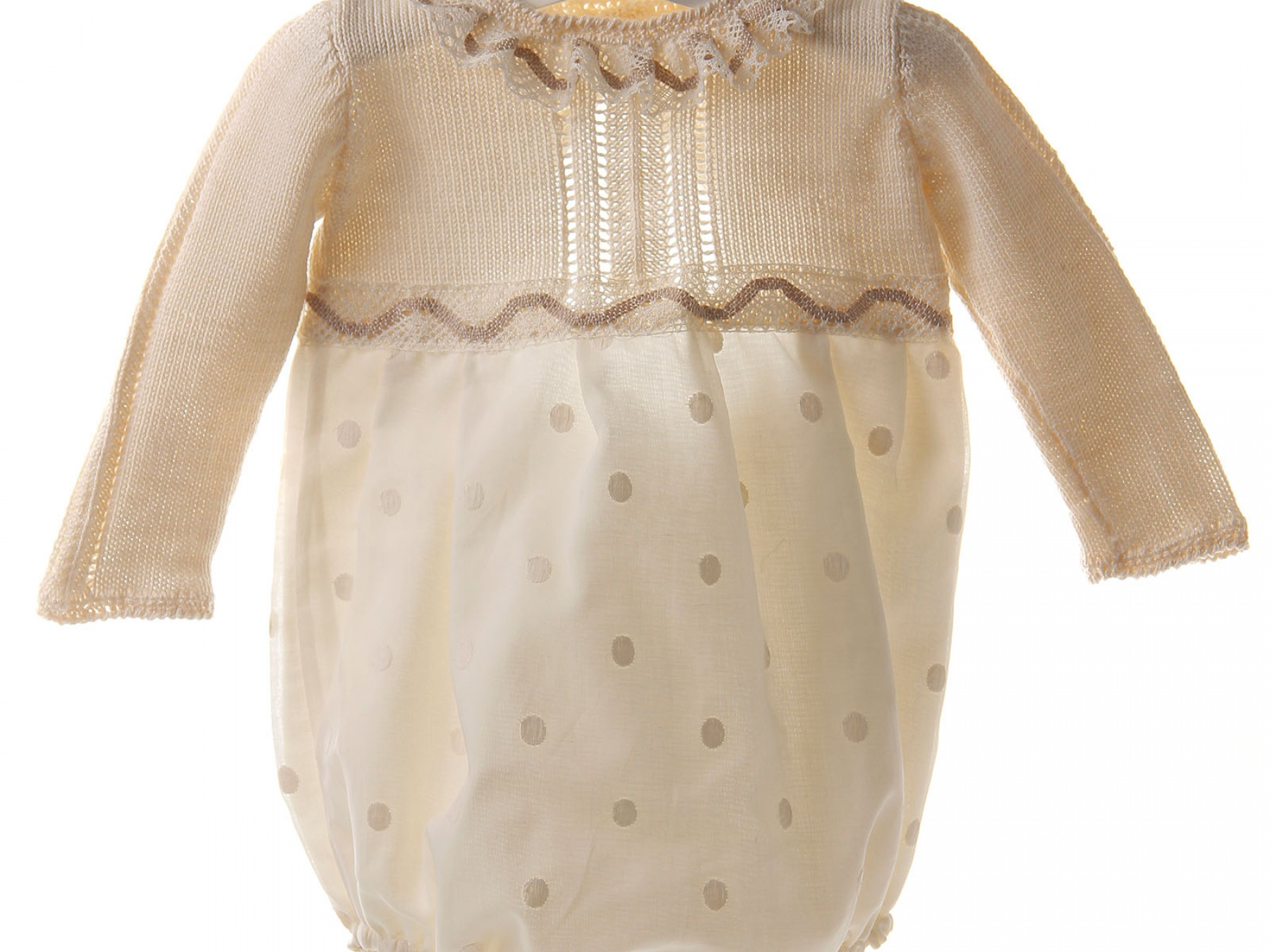 Ranita de ceremonia y bautizo de muselina bordada y cuerpo de algodón