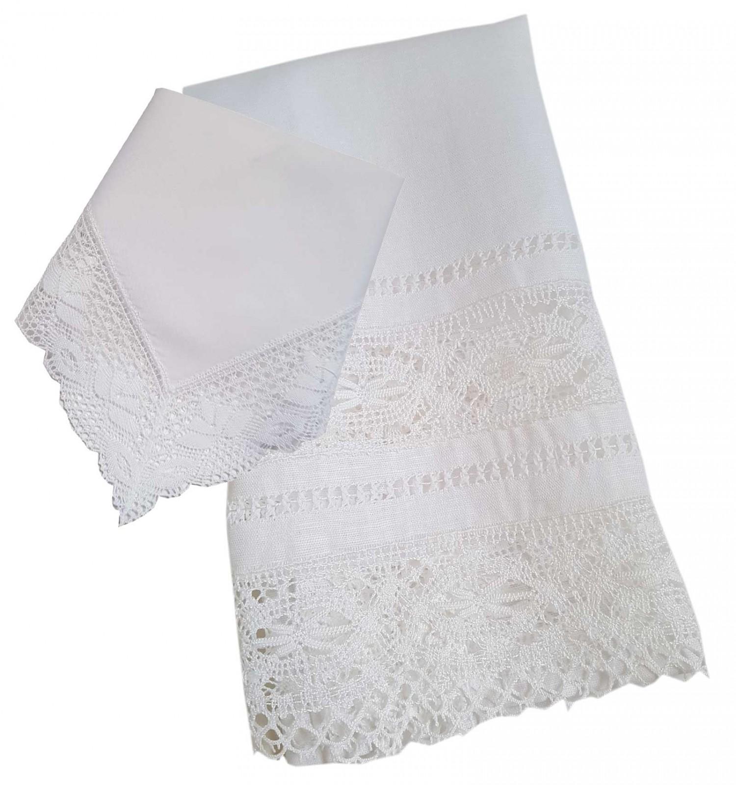 Pack de bautizo, toalla vainica y pañuelo