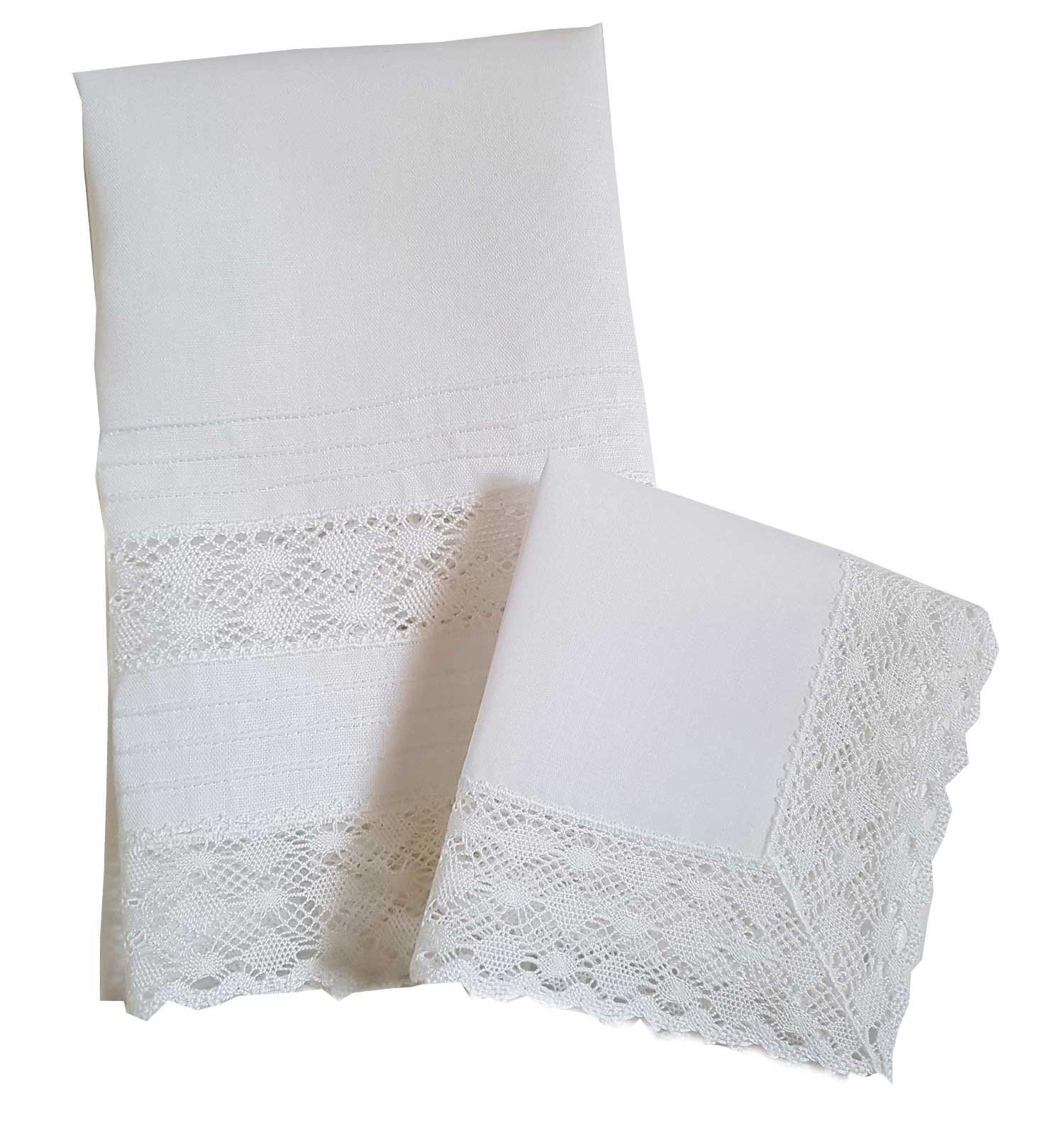 Pack de bautizo, toalla y pañuelo de rombos