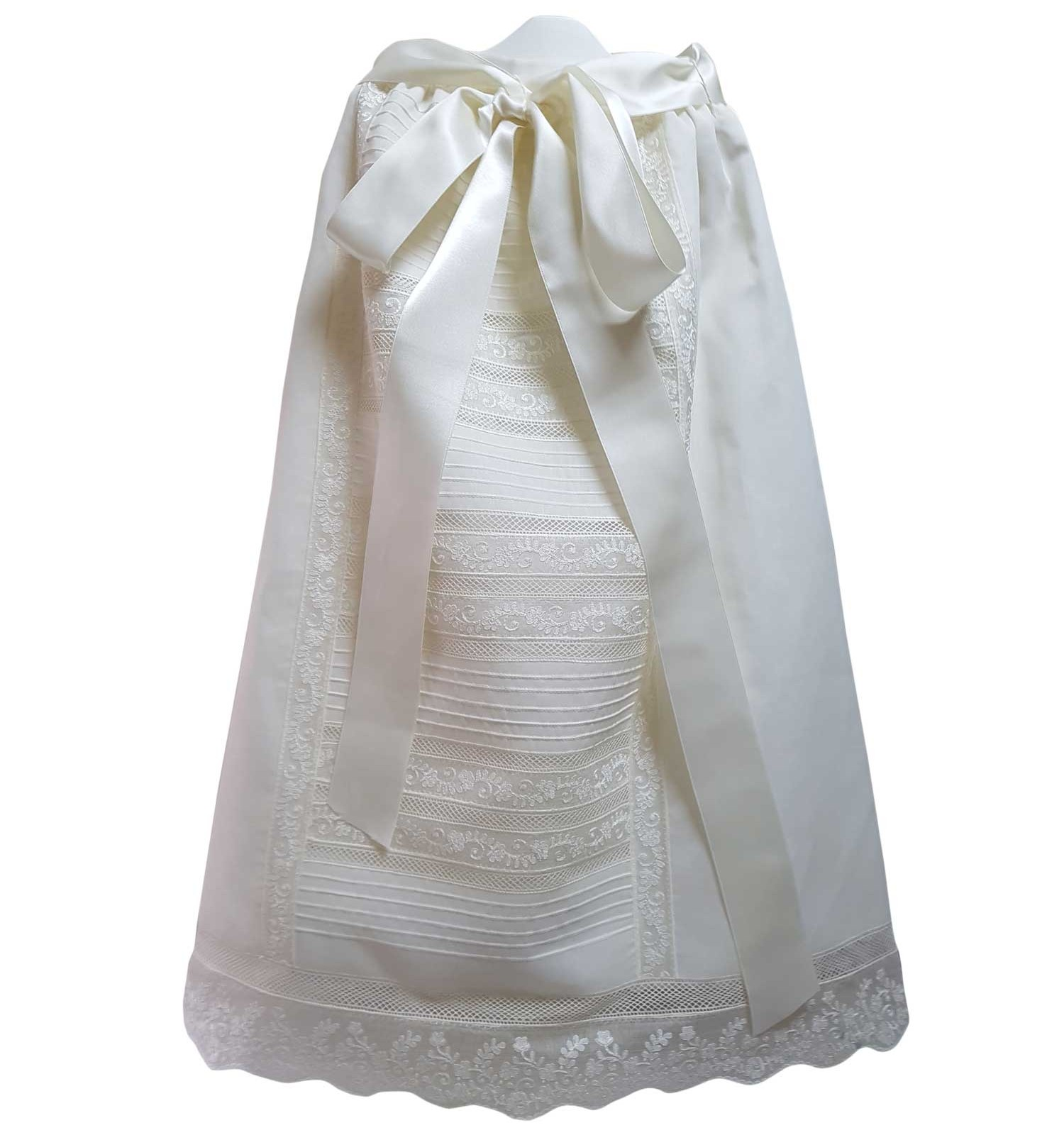 Faldon de cintura de ceremonia y bautizo con pala de jaretas y entredoses