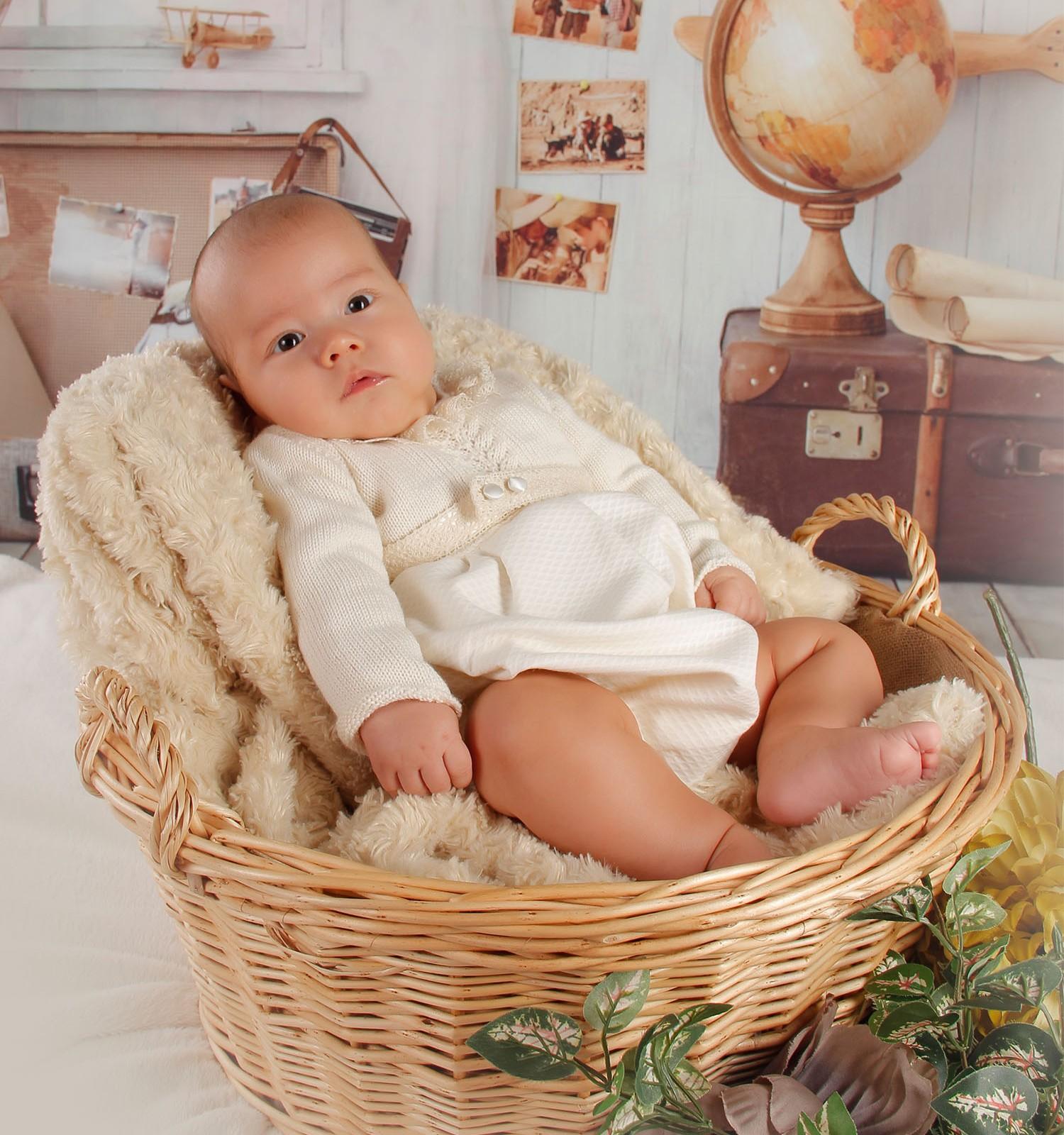 Conjunto de faldón de lana merino central y cenefa de jaretas