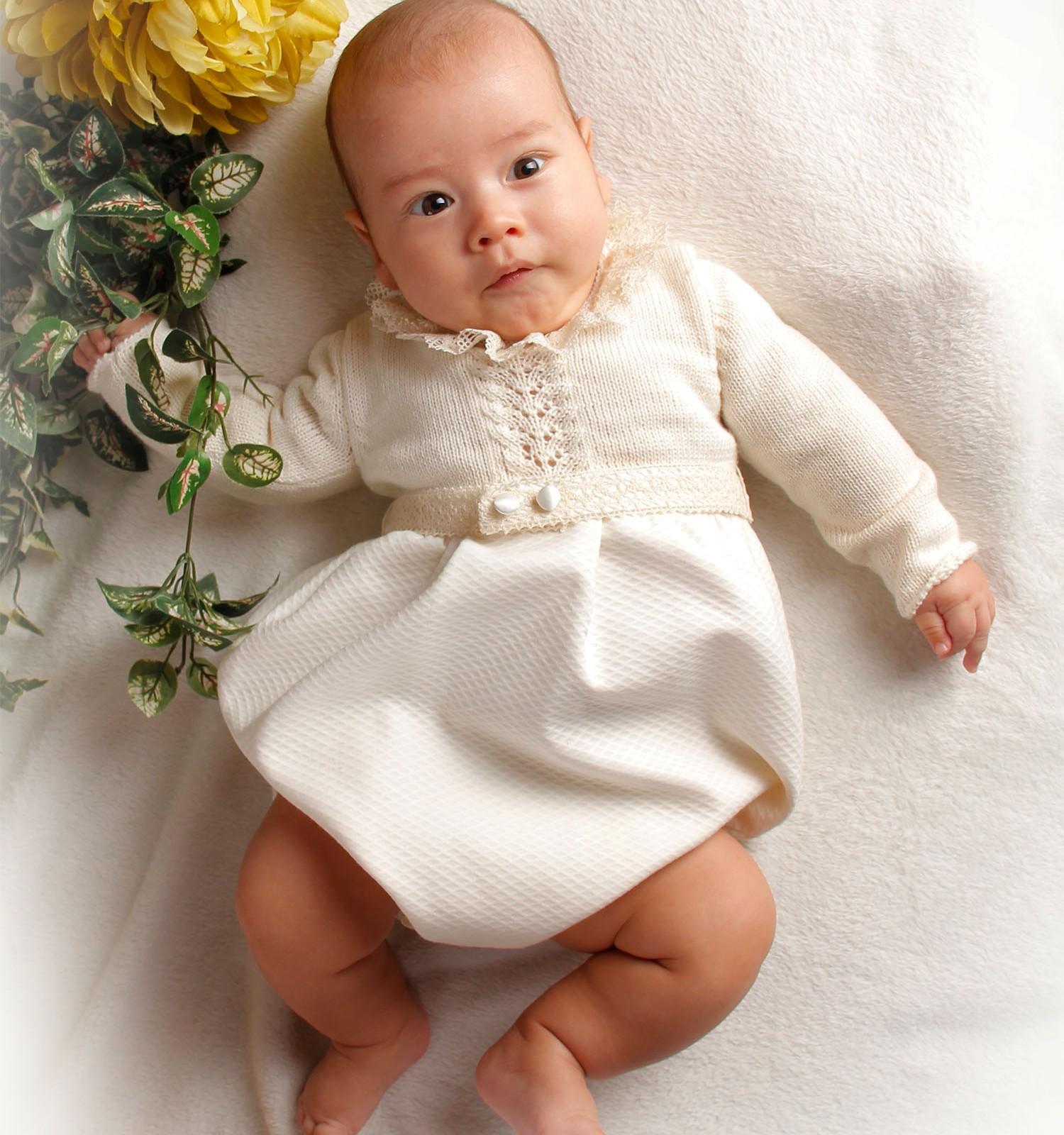 Ranita de ceremonia y bautizo de lana merino y piqué