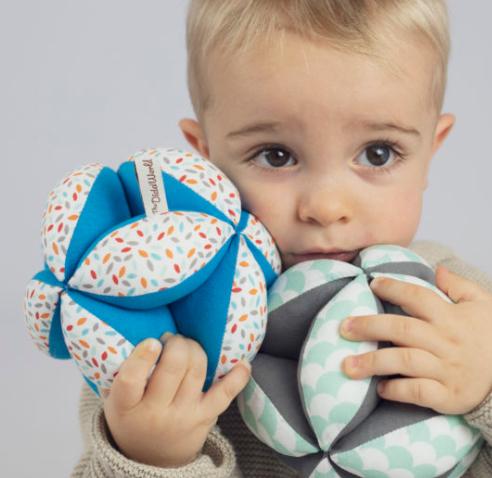 juegos montessori - foto sacada de www.thedida.es