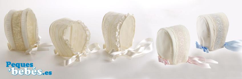 5f074cd4b En peques y bebés tenemos diferentes modelos de gorros y capotas para  bautizo de gran calidad. Están confeccionados a en organdí suizo con  diferentes ...