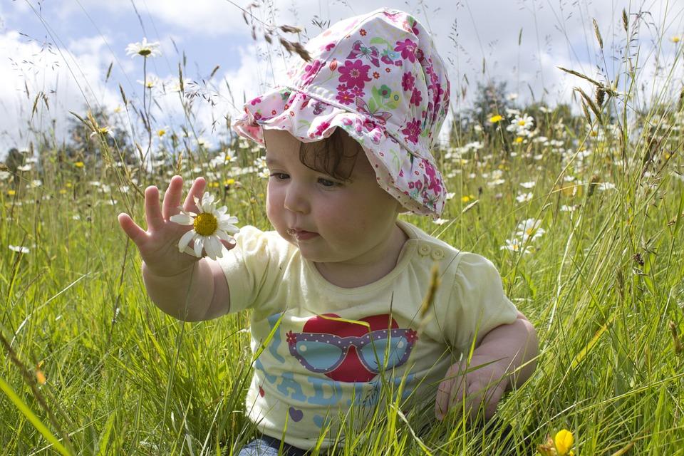 f355ed660b8 Cómo elegir la ropa de bebé primavera verano 2017